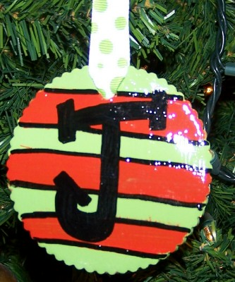 making-ornaments-5.jpg
