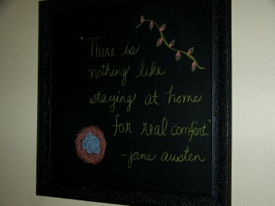 living-room-chalkboard